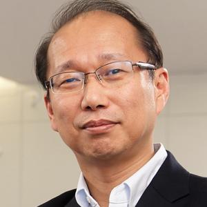 山田 賢治 氏