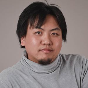 鈴木 瑛 氏