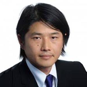 藤井 哲尚 氏